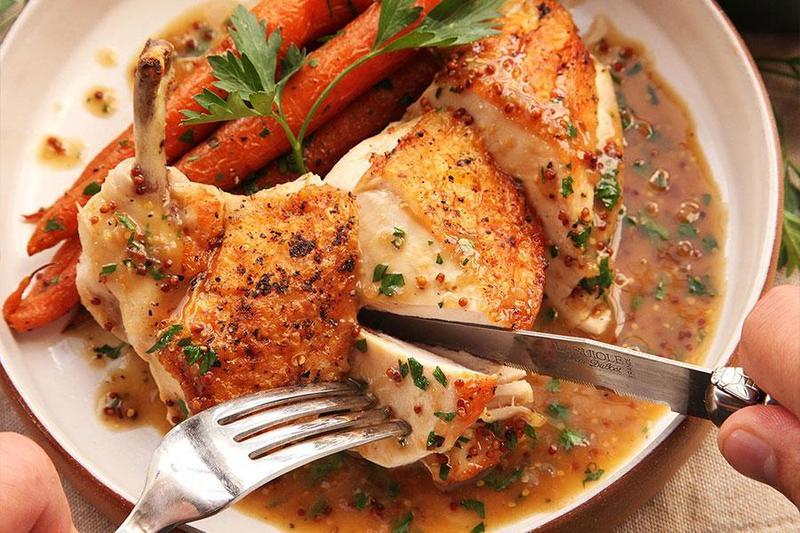 Đặt tiệc vip tại nhà hoành tráng với 5 món ăn làm mê hoặc lòng người