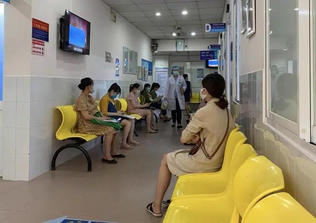"""TP.HCM: Chồng sản phụ """"tố"""" bác sĩ bệnh viện phụ sản tự ý gây tê khiến vợ liệt nửa người sau sinh"""
